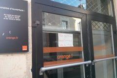 Etampe braquage boutique Orange mercredi 21 janvier 2015 - photo Le Républicain de l'Essonne