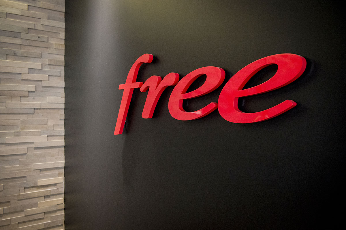 Logo Free, free store