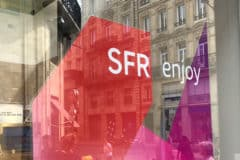 Logo SFR sur une boutique