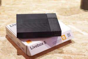 La Livebox 5 avec son carton